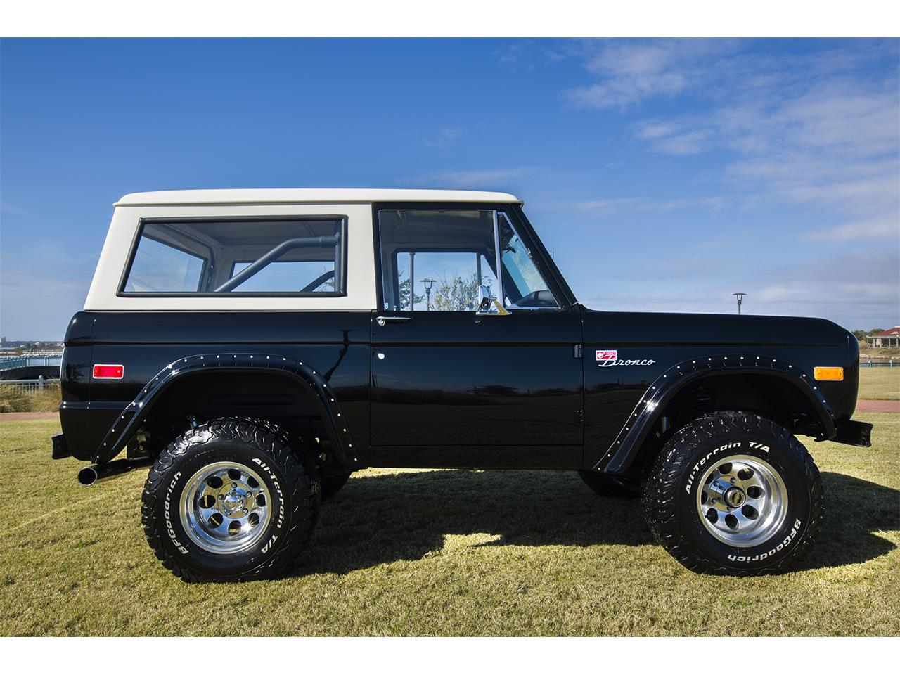 Large Picture of 1976 Ford Bronco - $159,999.00 Offered by Velocity Restorations - OEPC