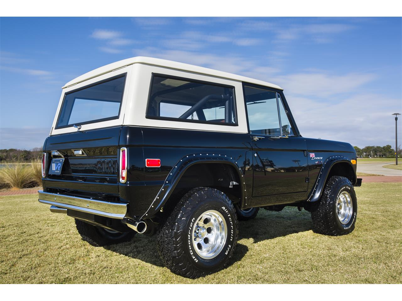 Large Picture of '76 Ford Bronco - $159,999.00 Offered by Velocity Restorations - OEPC