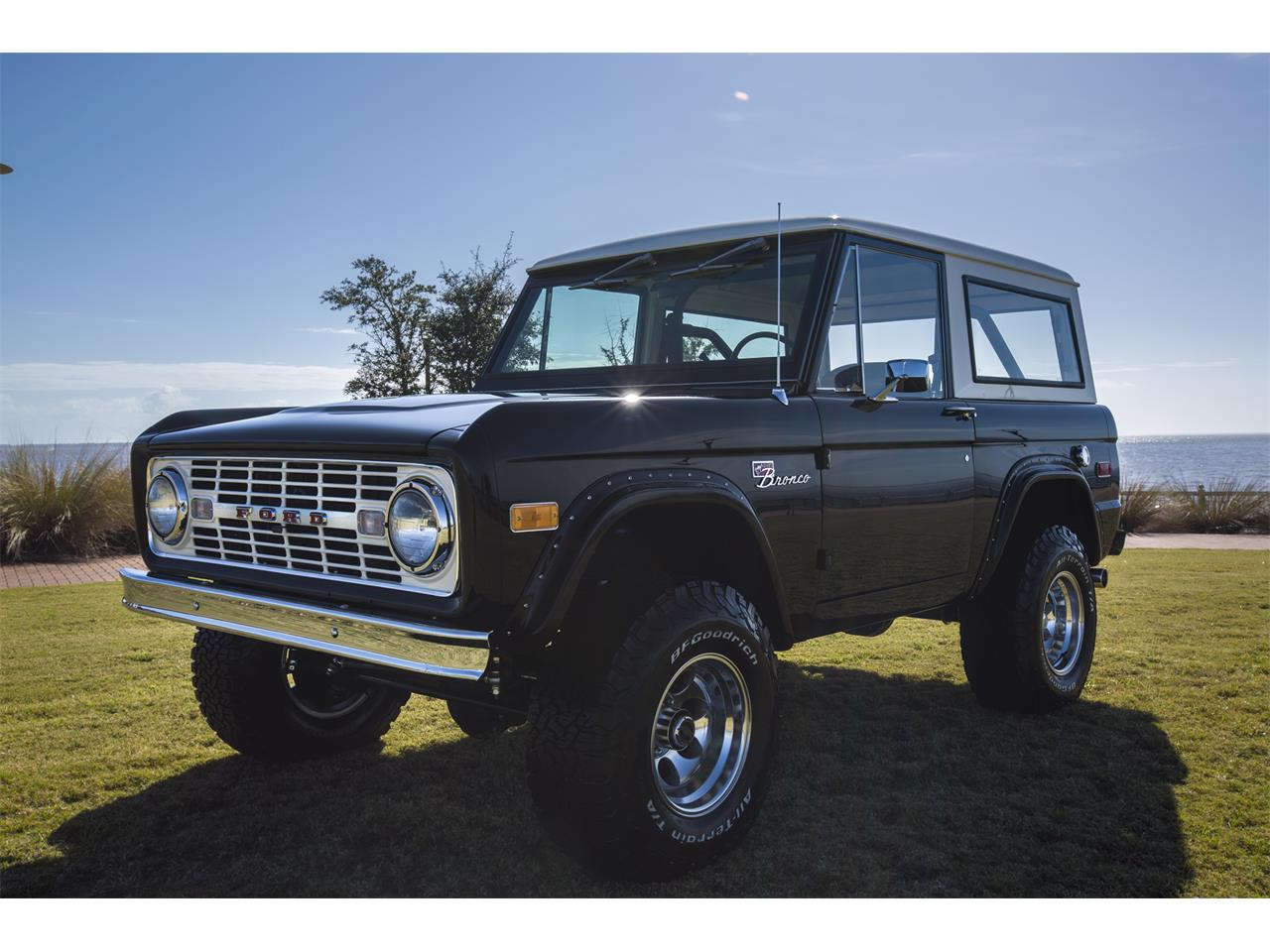 Large Picture of '76 Bronco - $159,999.00 Offered by Velocity Restorations - OEPC