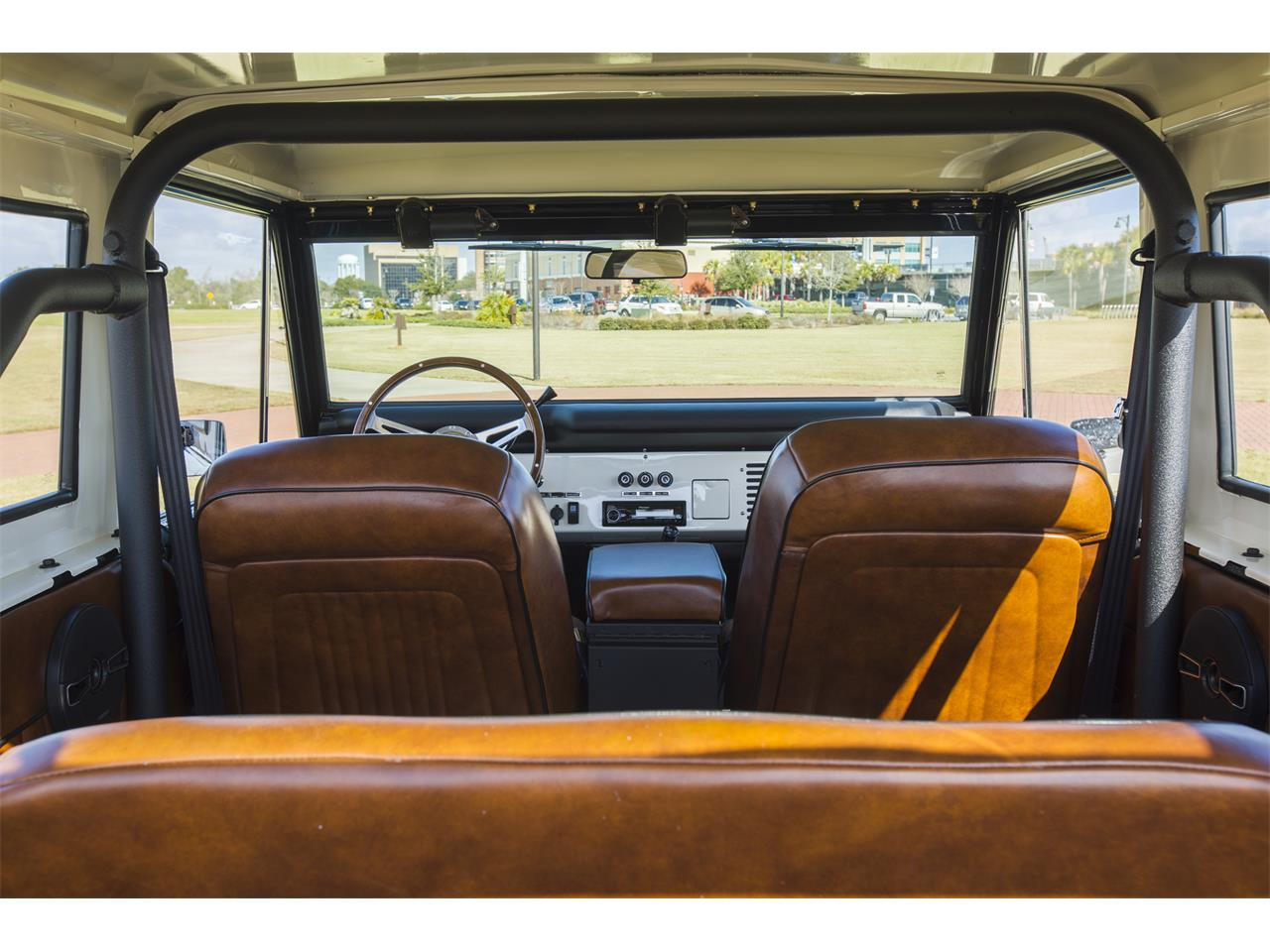 Large Picture of '76 Ford Bronco - OEPC