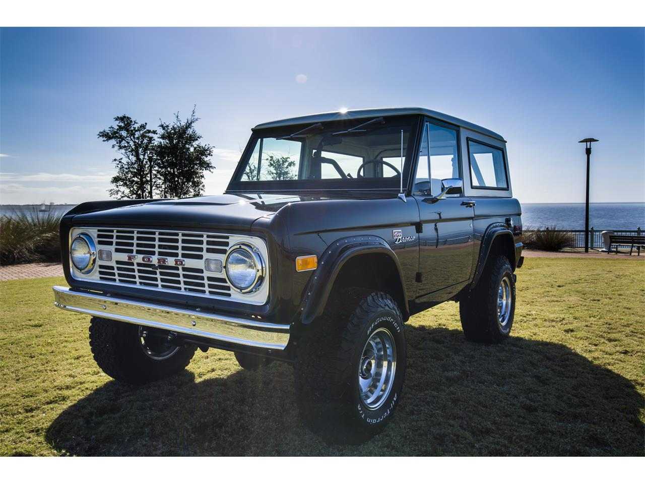 Large Picture of '76 Bronco Offered by Velocity Restorations - OEPC