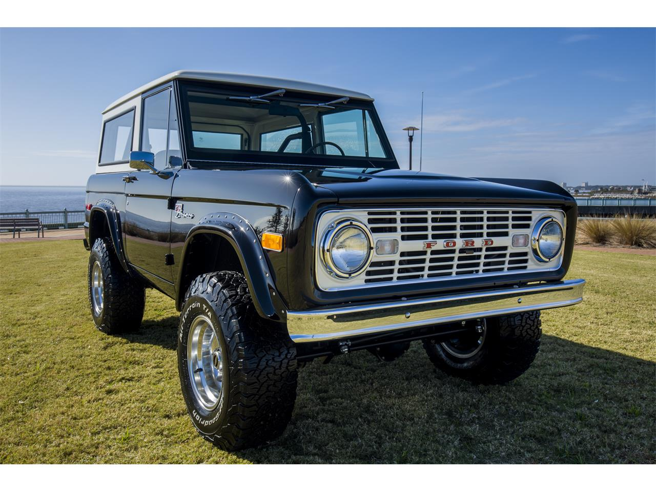 Large Picture of '76 Ford Bronco located in Florida - $159,999.00 Offered by Velocity Restorations - OEPC