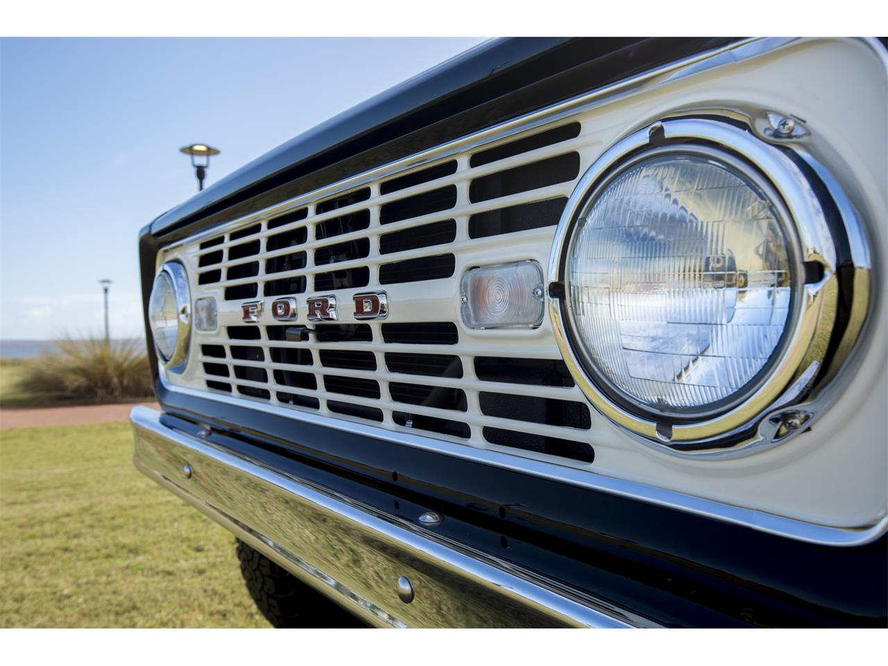 Large Picture of '76 Bronco located in Pensacola Florida - $159,999.00 Offered by Velocity Restorations - OEPC