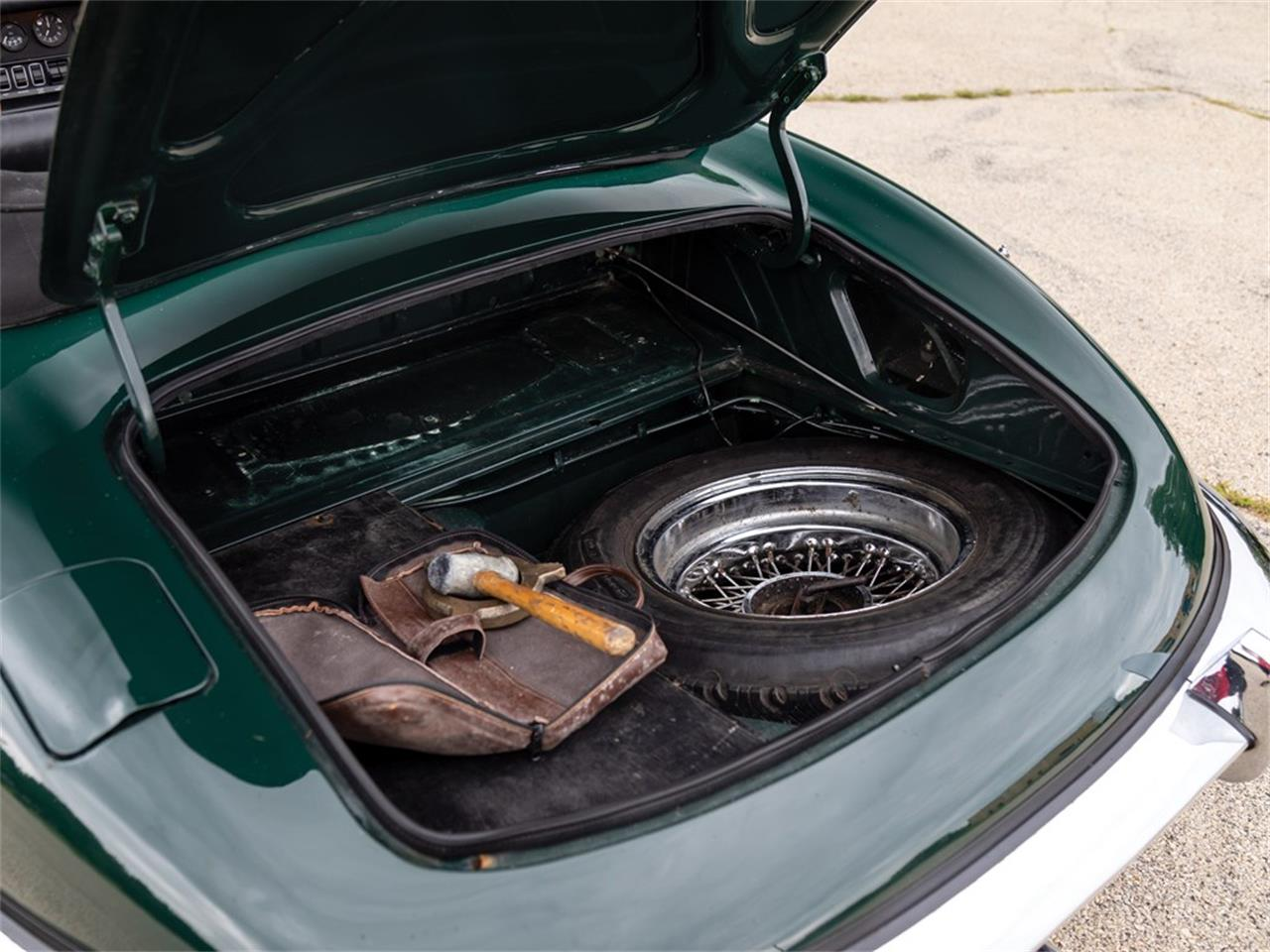 Large Picture of '69 E-Type Series 2 4.2-Litre Roadster - O8LL