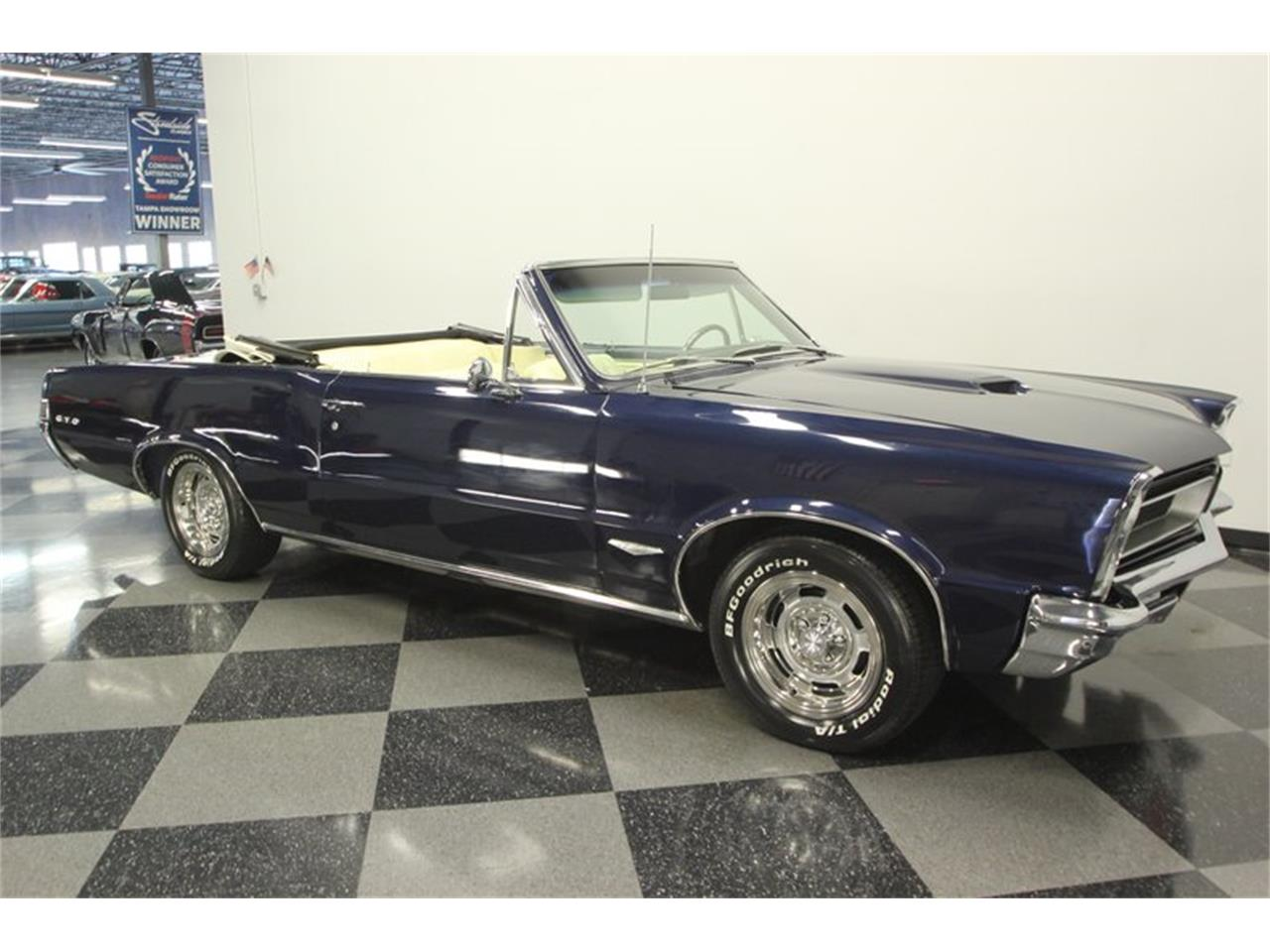 Large Picture of '65 GTO Offered by Streetside Classics - Tampa - OESH