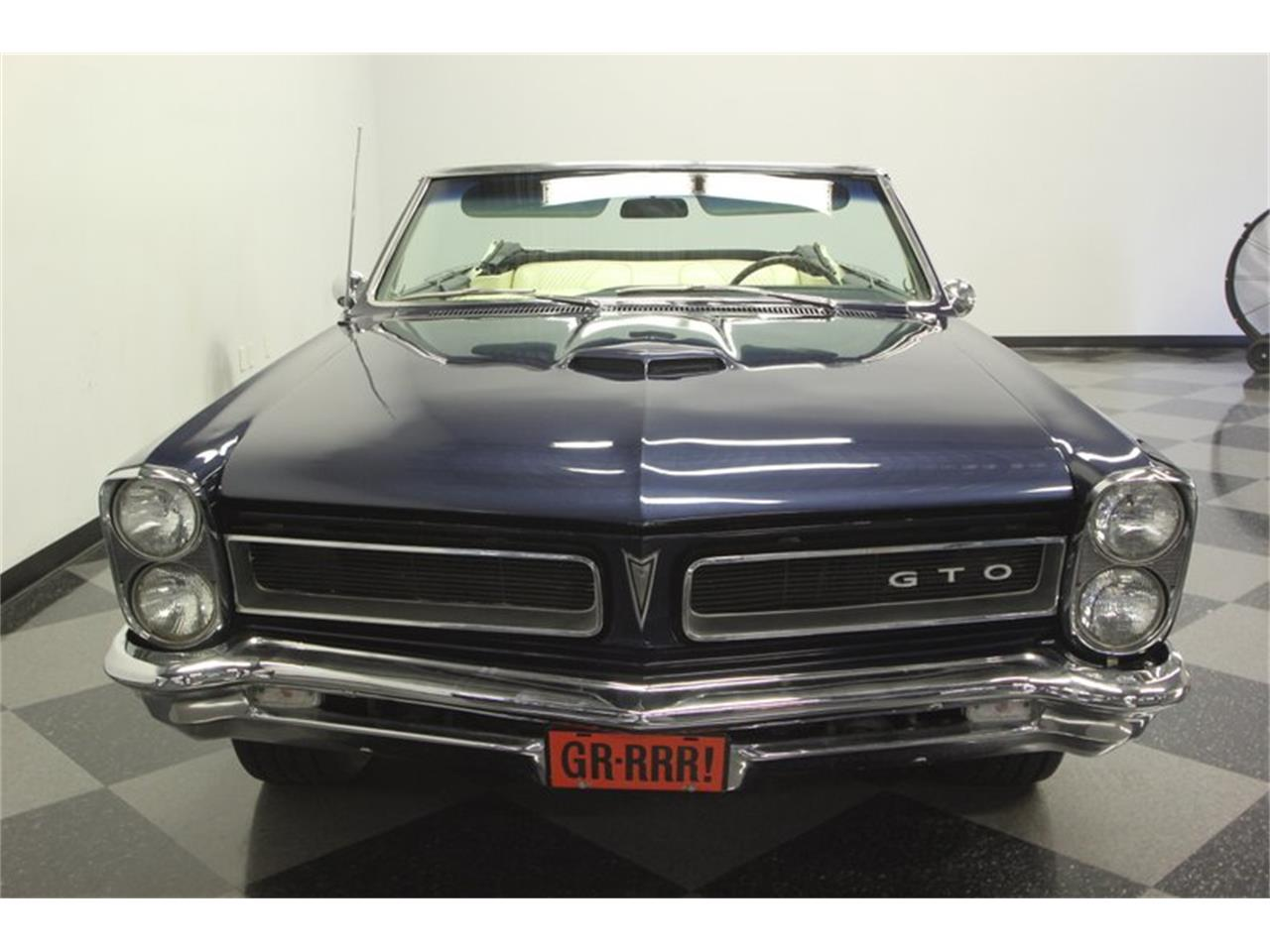 Large Picture of '65 Pontiac GTO - OESH
