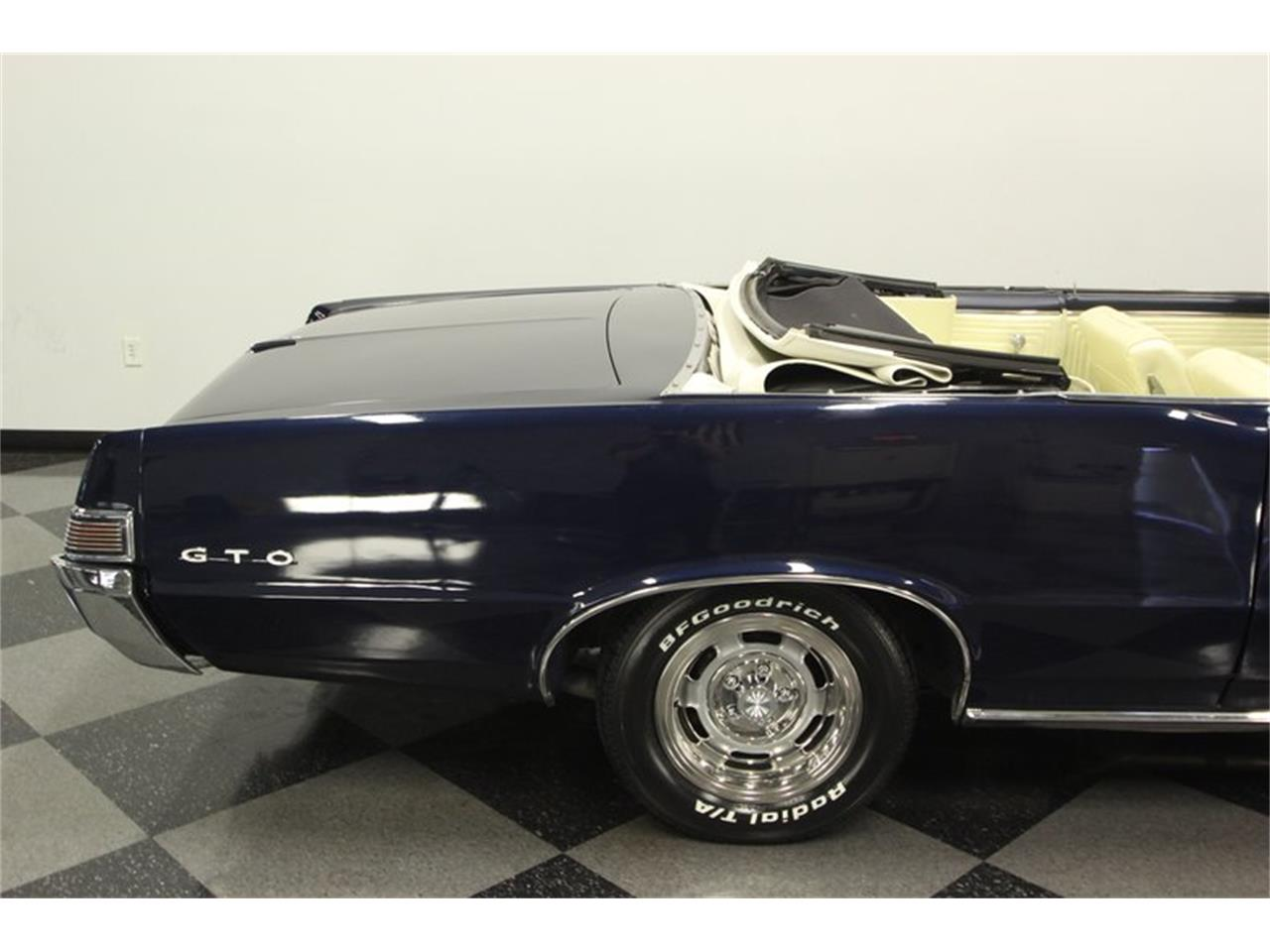 Large Picture of '65 GTO located in Lutz Florida - $57,995.00 - OESH