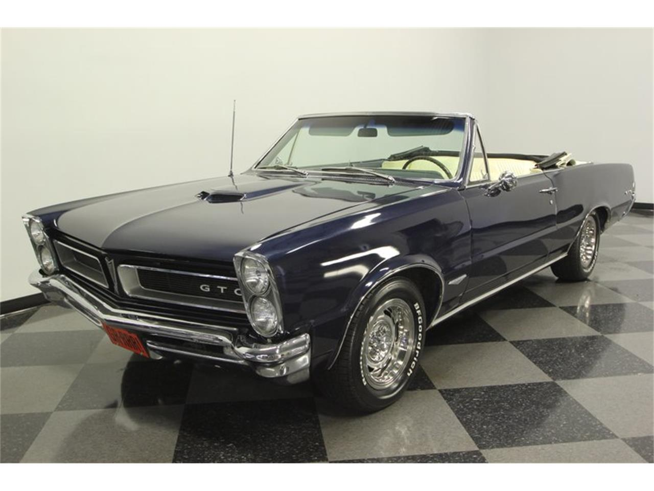 Large Picture of Classic 1965 Pontiac GTO located in Florida - $57,995.00 Offered by Streetside Classics - Tampa - OESH