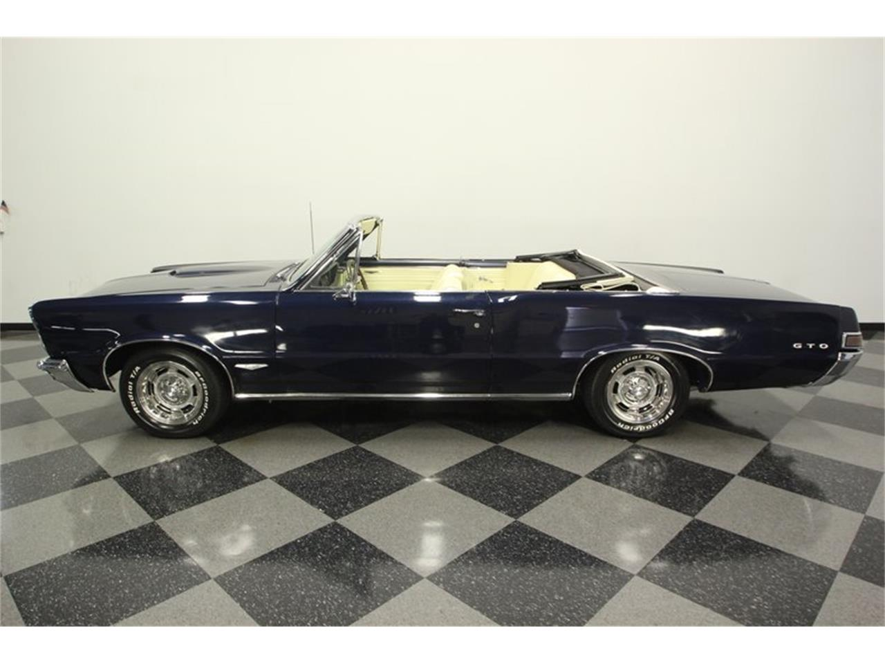 Large Picture of Classic '65 GTO Offered by Streetside Classics - Tampa - OESH