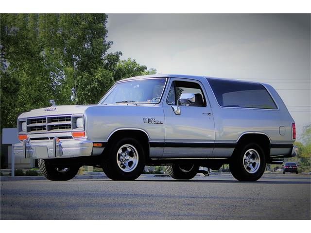 Picture of '90 Ramcharger - OET7