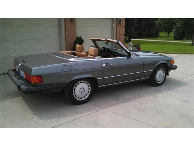 Picture of '88 Mercedes-Benz 560SL located in Davisburg Michigan - $16,000.00 - OEXW