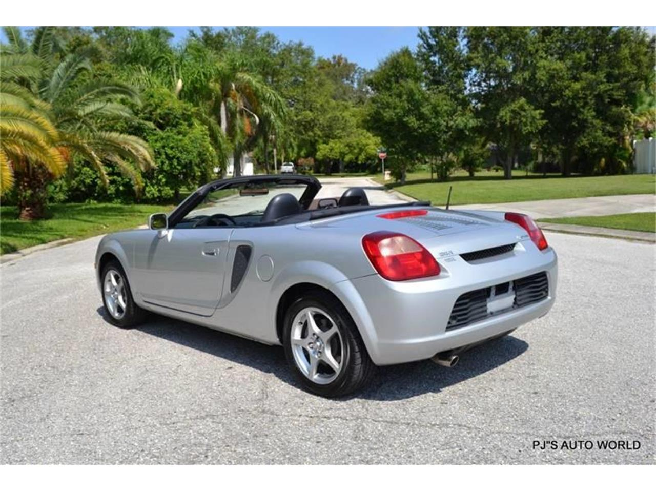 Large Picture of '01 MR2 Spyder - OFFU