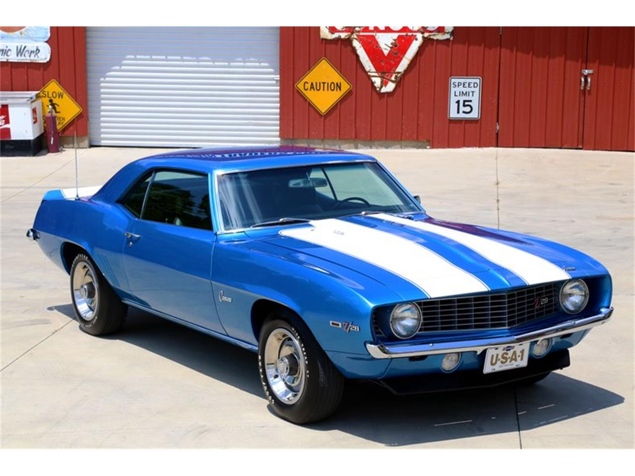 Large Picture of Classic '69 Chevrolet Camaro Offered by Smoky Mountain Traders - O8O3