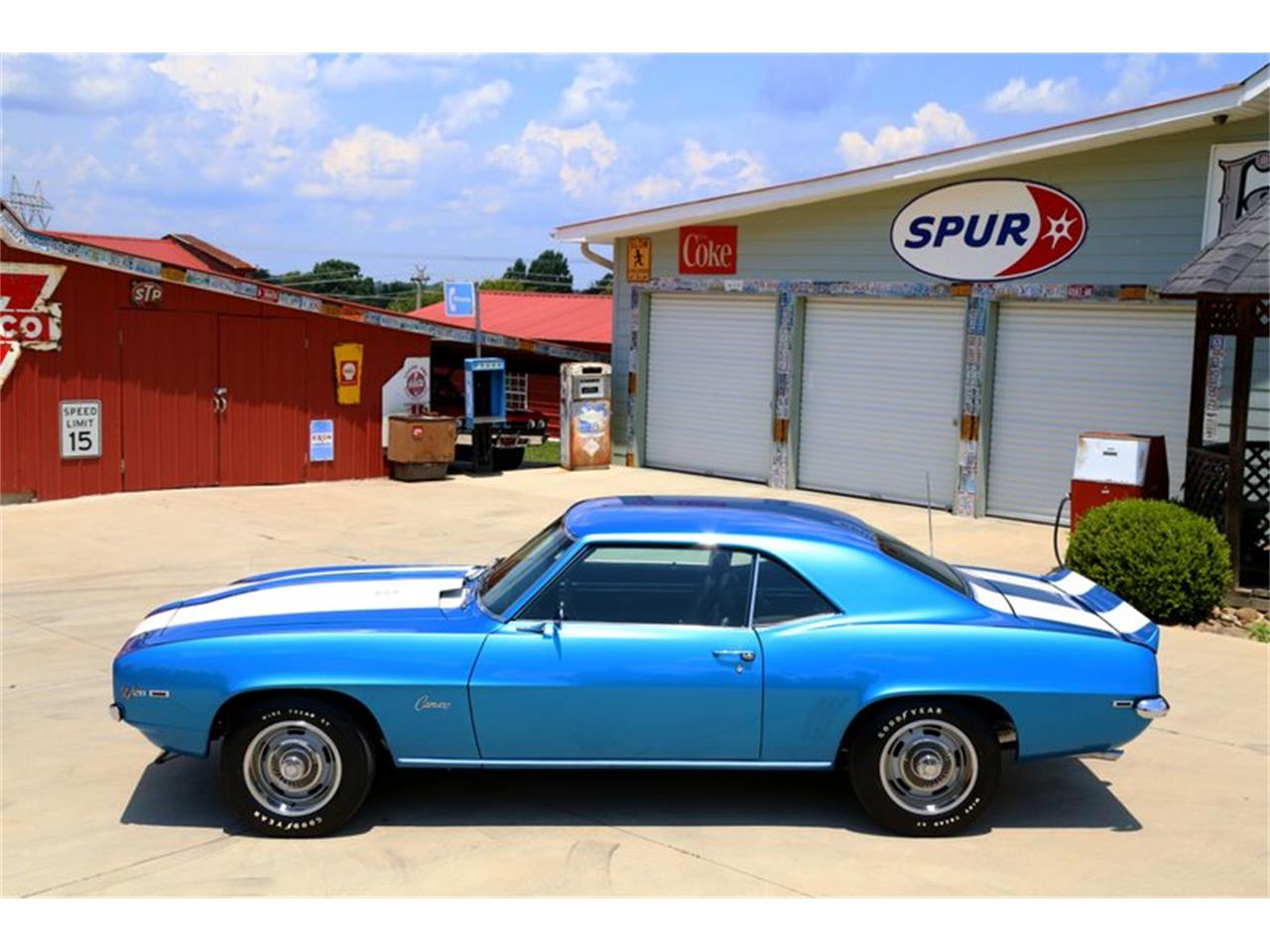 Large Picture of 1969 Chevrolet Camaro located in Lenoir City Tennessee Offered by Smoky Mountain Traders - O8O3
