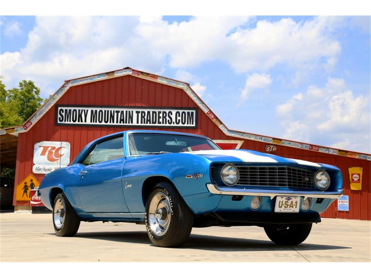 Large Picture of '69 Chevrolet Camaro located in Tennessee - $99,995.00 Offered by Smoky Mountain Traders - O8O3