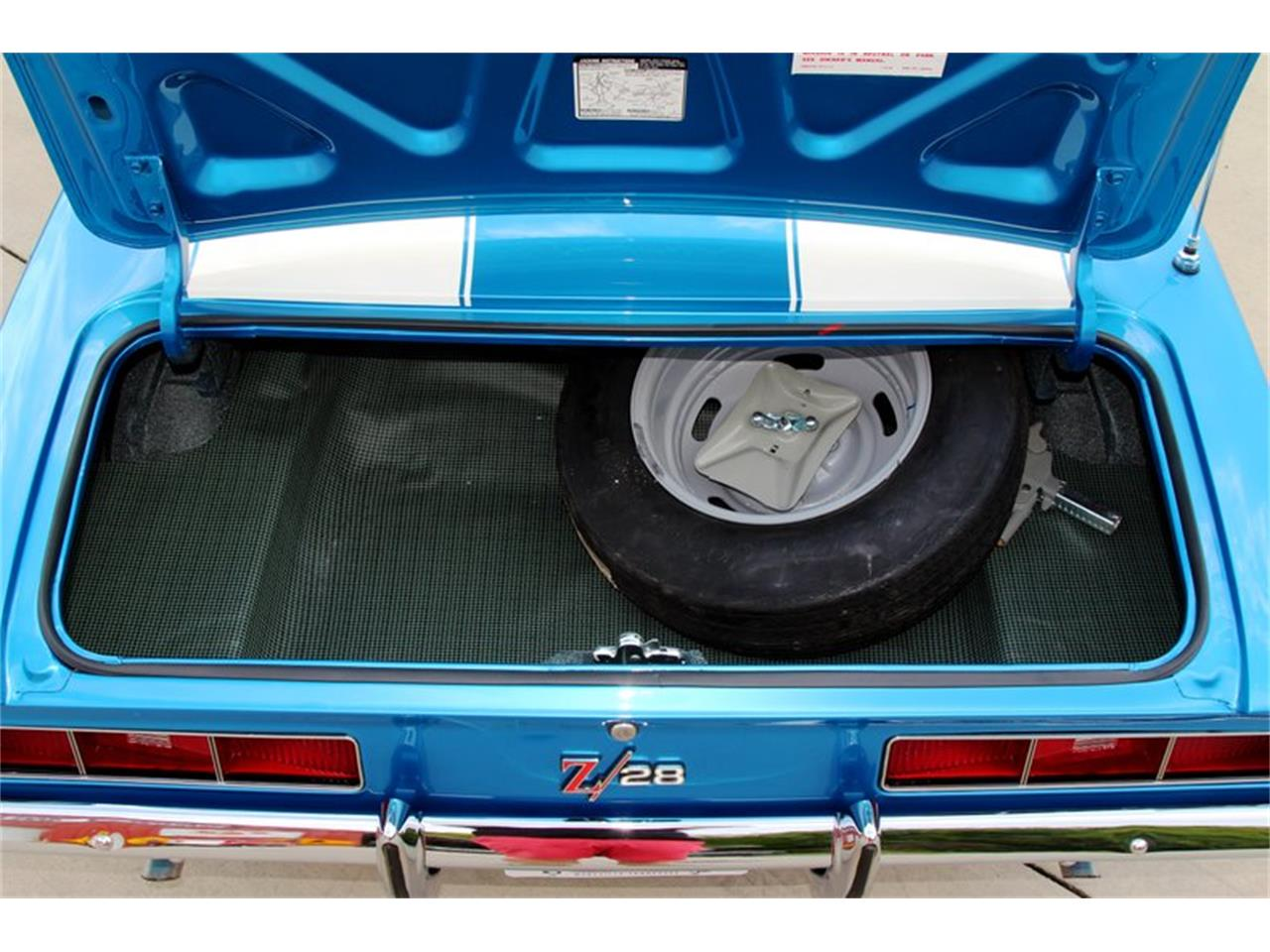 Large Picture of '69 Chevrolet Camaro located in Lenoir City Tennessee Offered by Smoky Mountain Traders - O8O3
