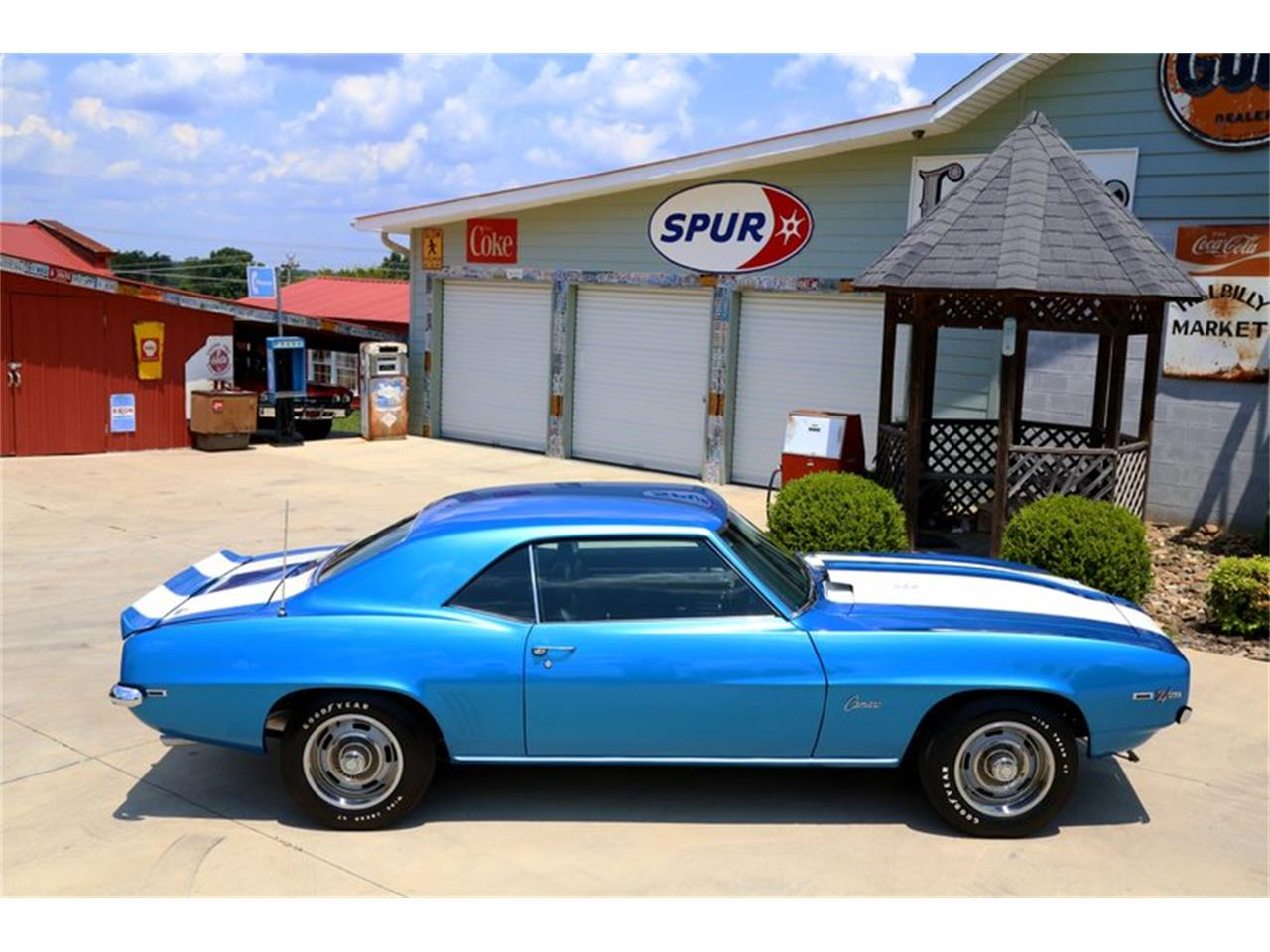 Large Picture of Classic '69 Camaro located in Tennessee - $99,995.00 - O8O3
