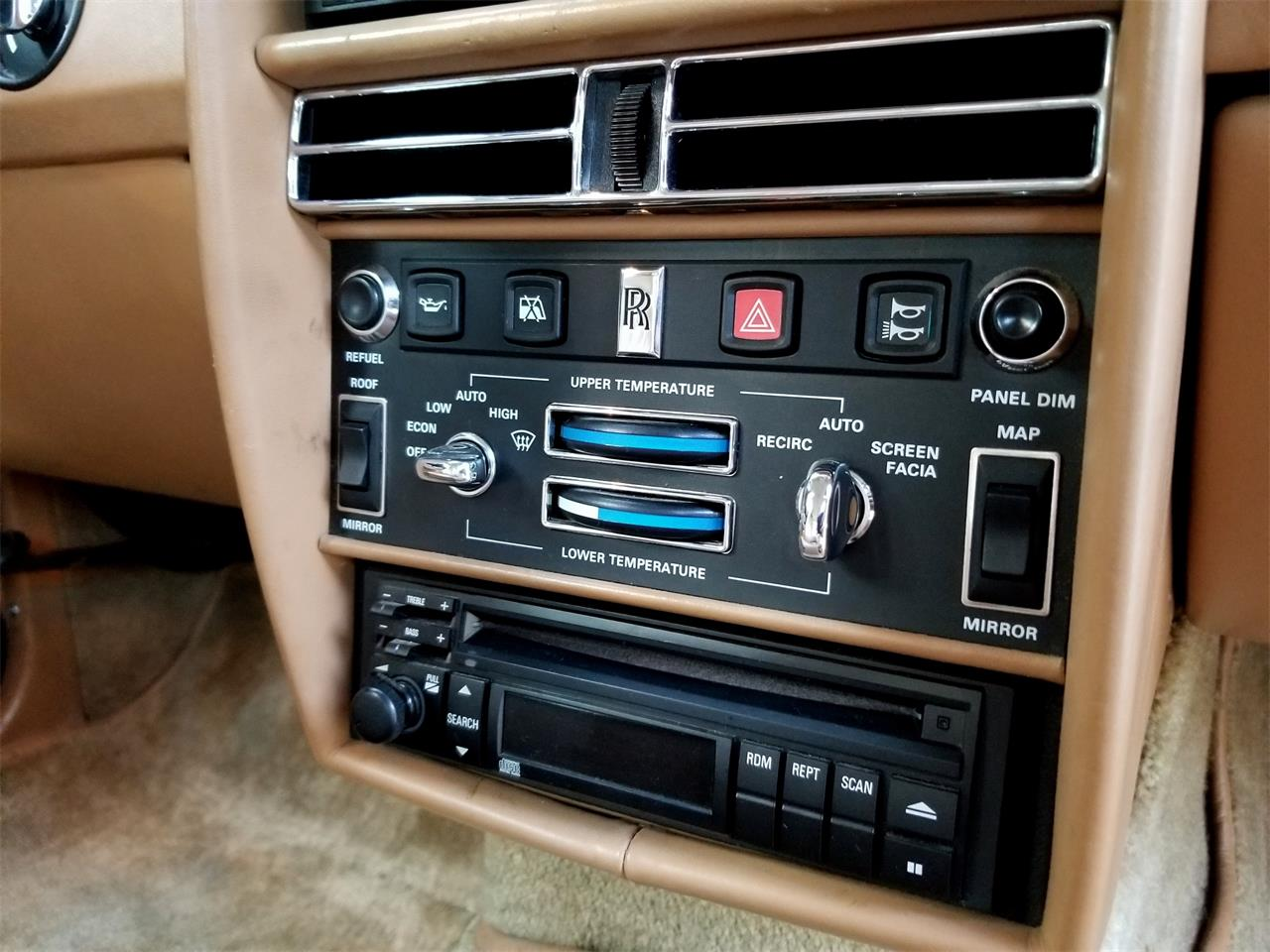 Large Picture of '91 Rolls-Royce Silver Spur Offered by Left Coast Classics - OFJA