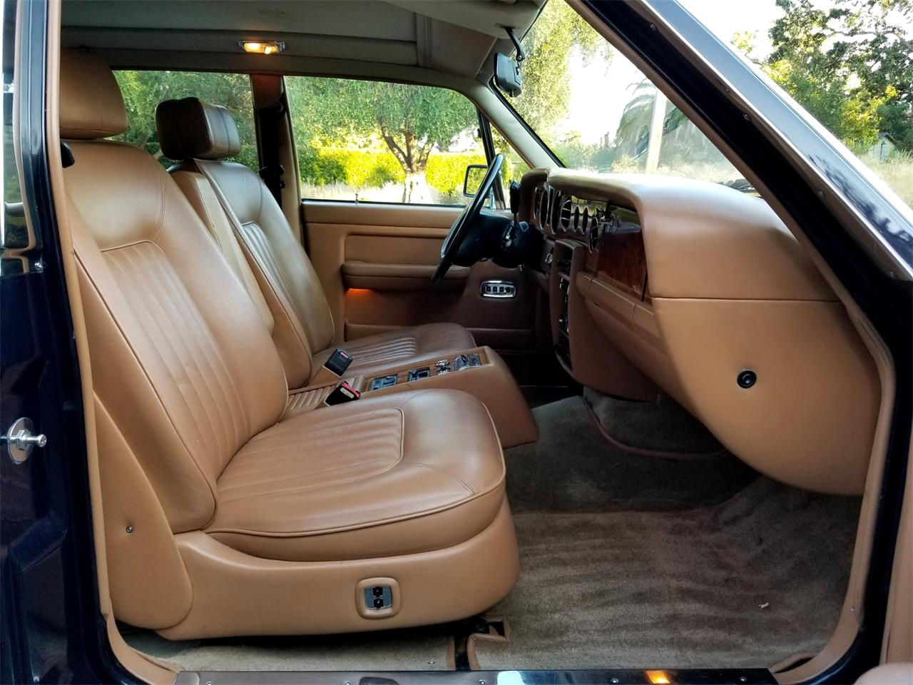 Large Picture of '91 Rolls-Royce Silver Spur located in California Offered by Left Coast Classics - OFJA