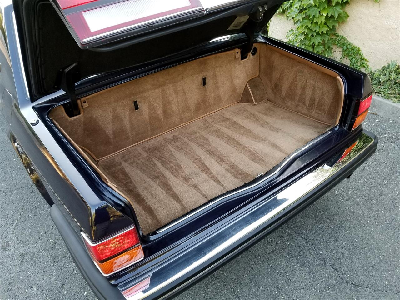 Large Picture of 1991 Rolls-Royce Silver Spur - OFJA