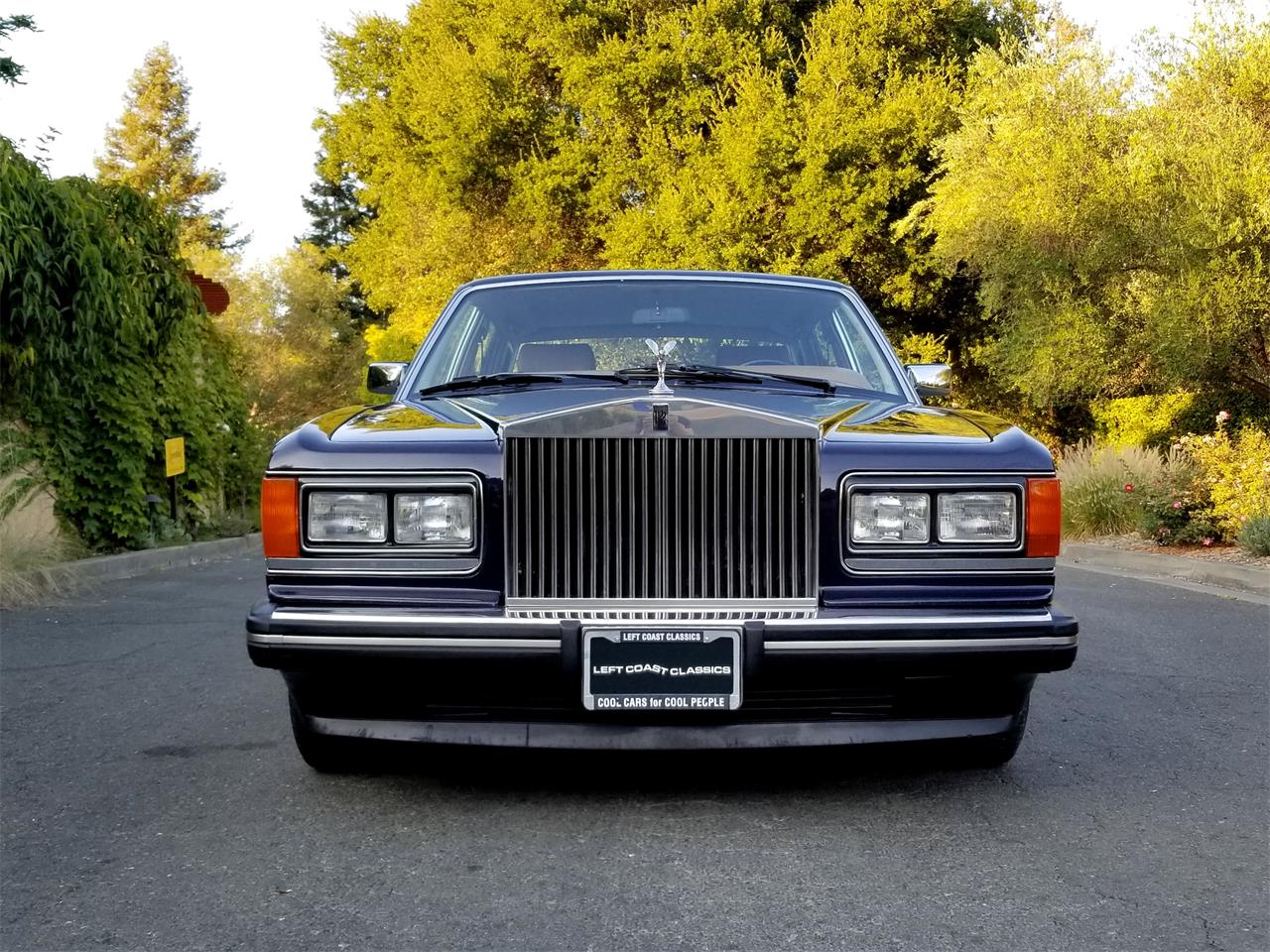 Large Picture of '91 Rolls-Royce Silver Spur located in California - OFJA