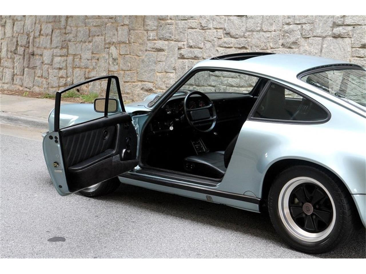 Large Picture of '87 Porsche 911 - OGK8