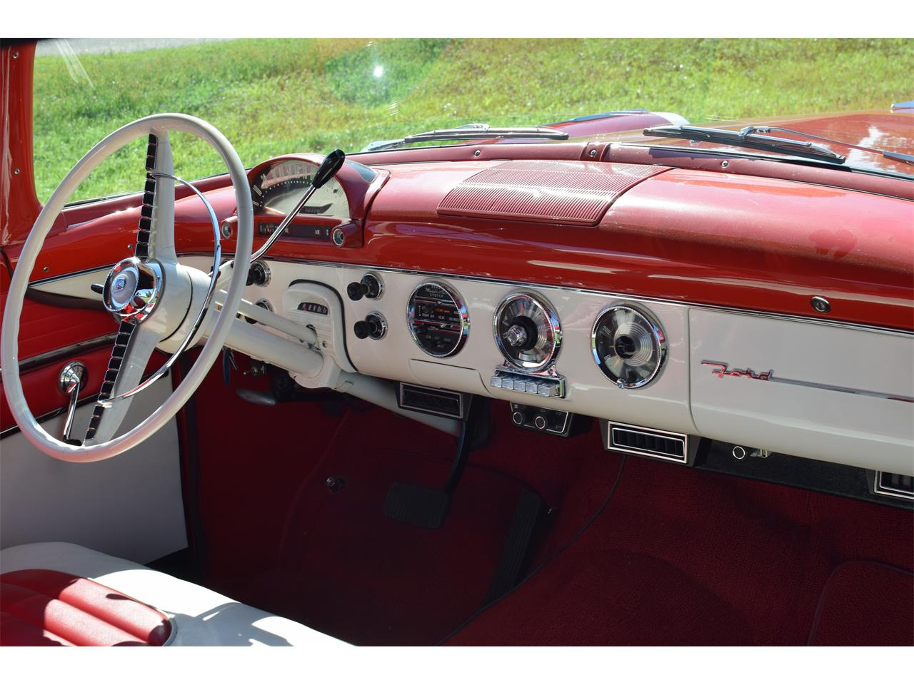 Large Picture of 1955 Ford Sunliner located in Watertown Minnesota Offered by Hooked On Classics - OGX1