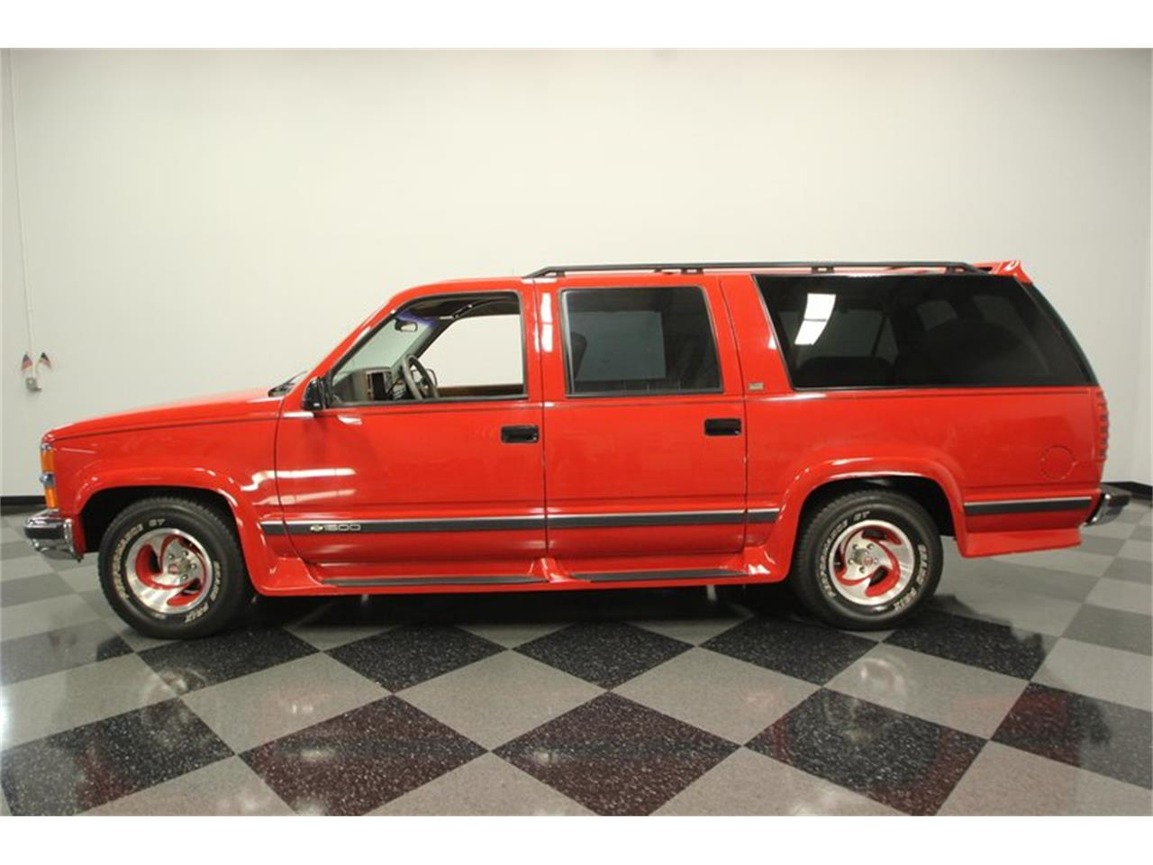 Large Picture of '94 Suburban - OGYT