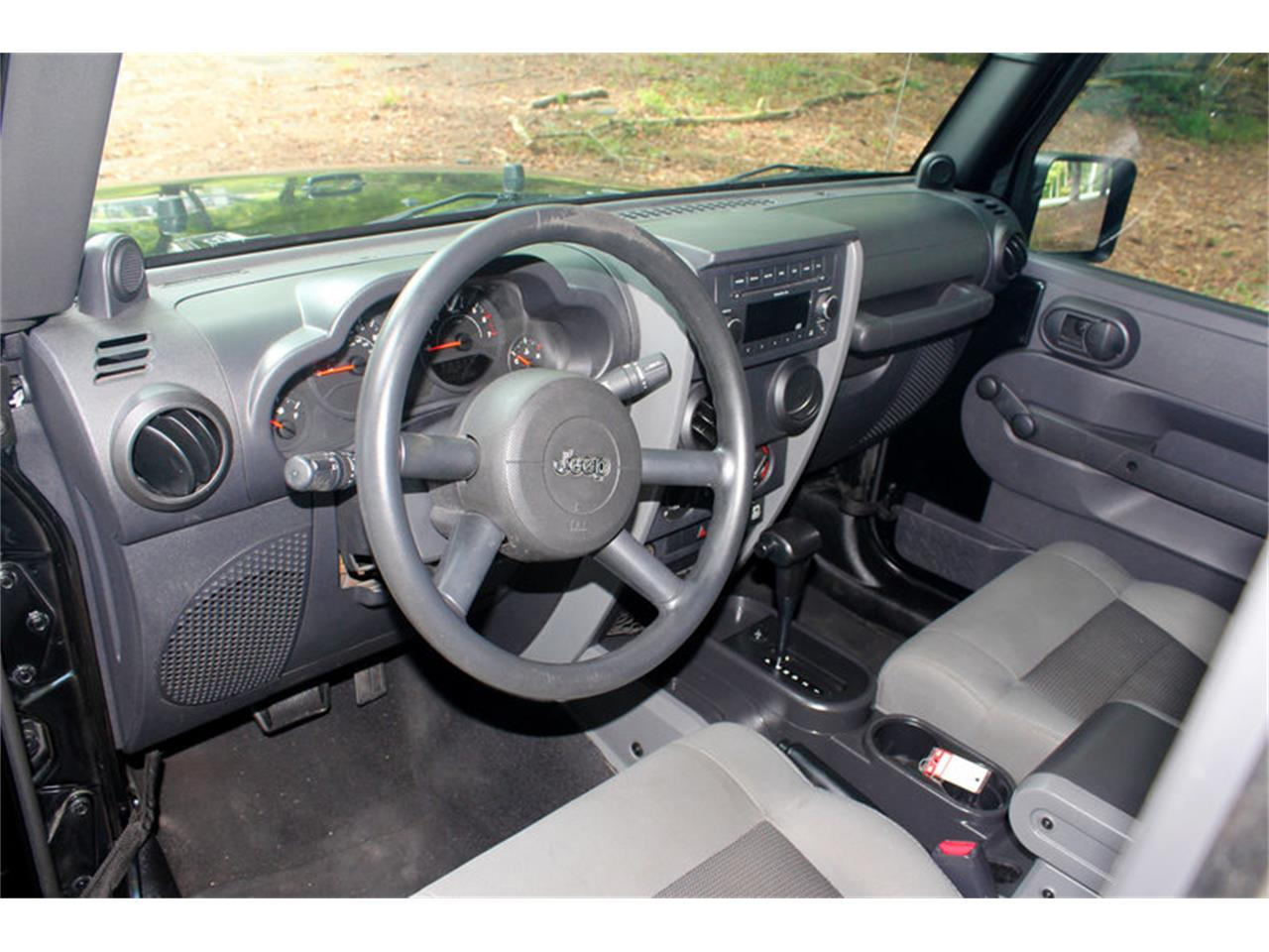 Large Picture of '09 Wrangler located in Tennessee - OH0K