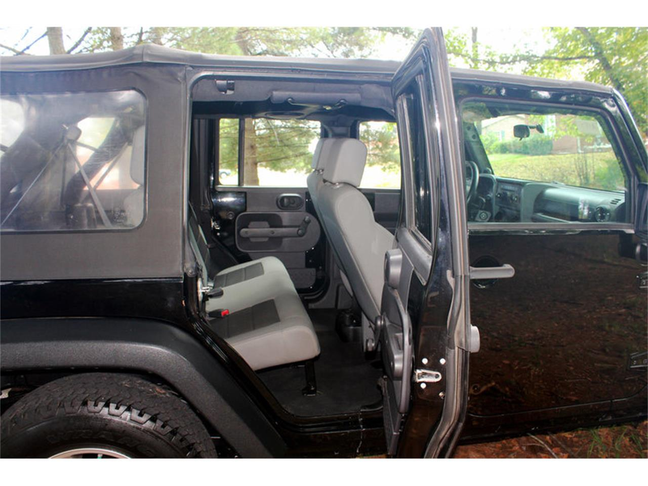 Large Picture of 2009 Jeep Wrangler - $17,900.00 - OH0K