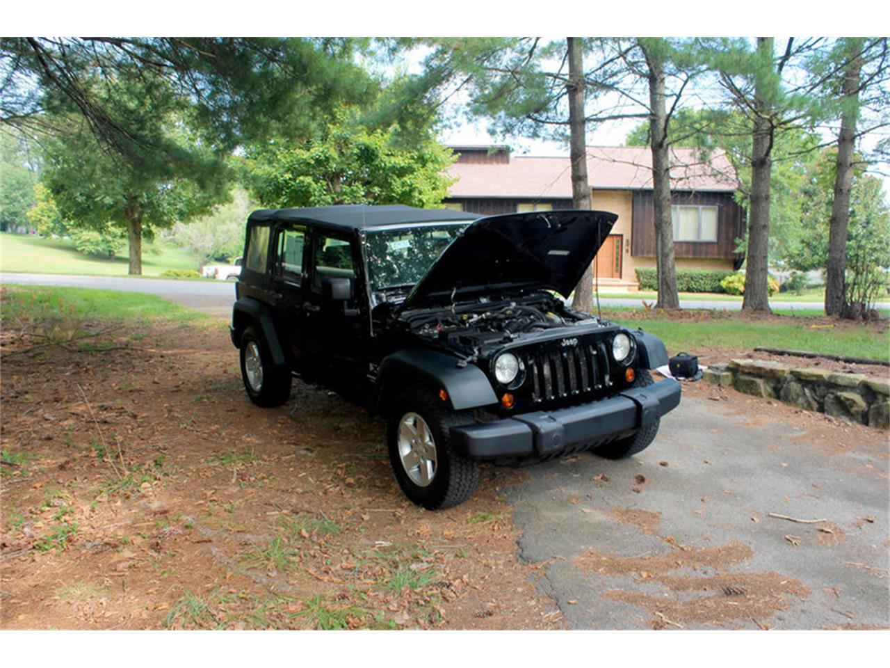 Large Picture of 2009 Wrangler located in Lenoir City Tennessee - $17,900.00 - OH0K