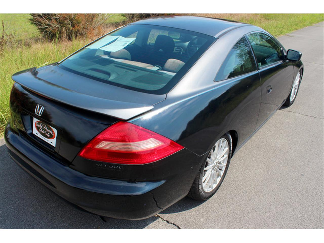 Large Picture of '04 Honda Accord - $5,995.00 Offered by Smoky Mountain Traders - OH0M