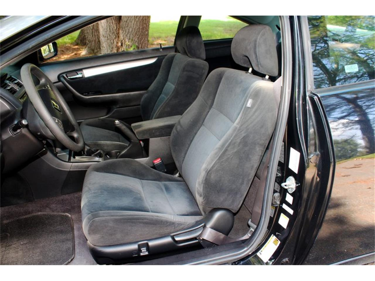 Large Picture of 2004 Honda Accord located in Lenoir City Tennessee - $5,995.00 - OH0M