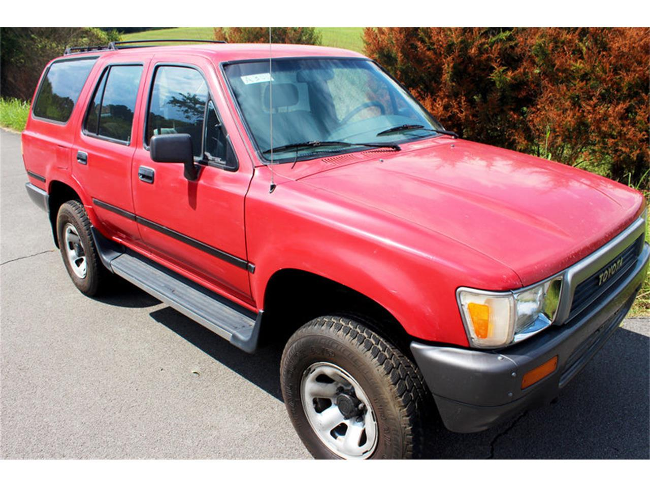Large Picture of '91 Toyota 4Runner located in Tennessee - $8,400.00 Offered by Smoky Mountain Traders - OH0O