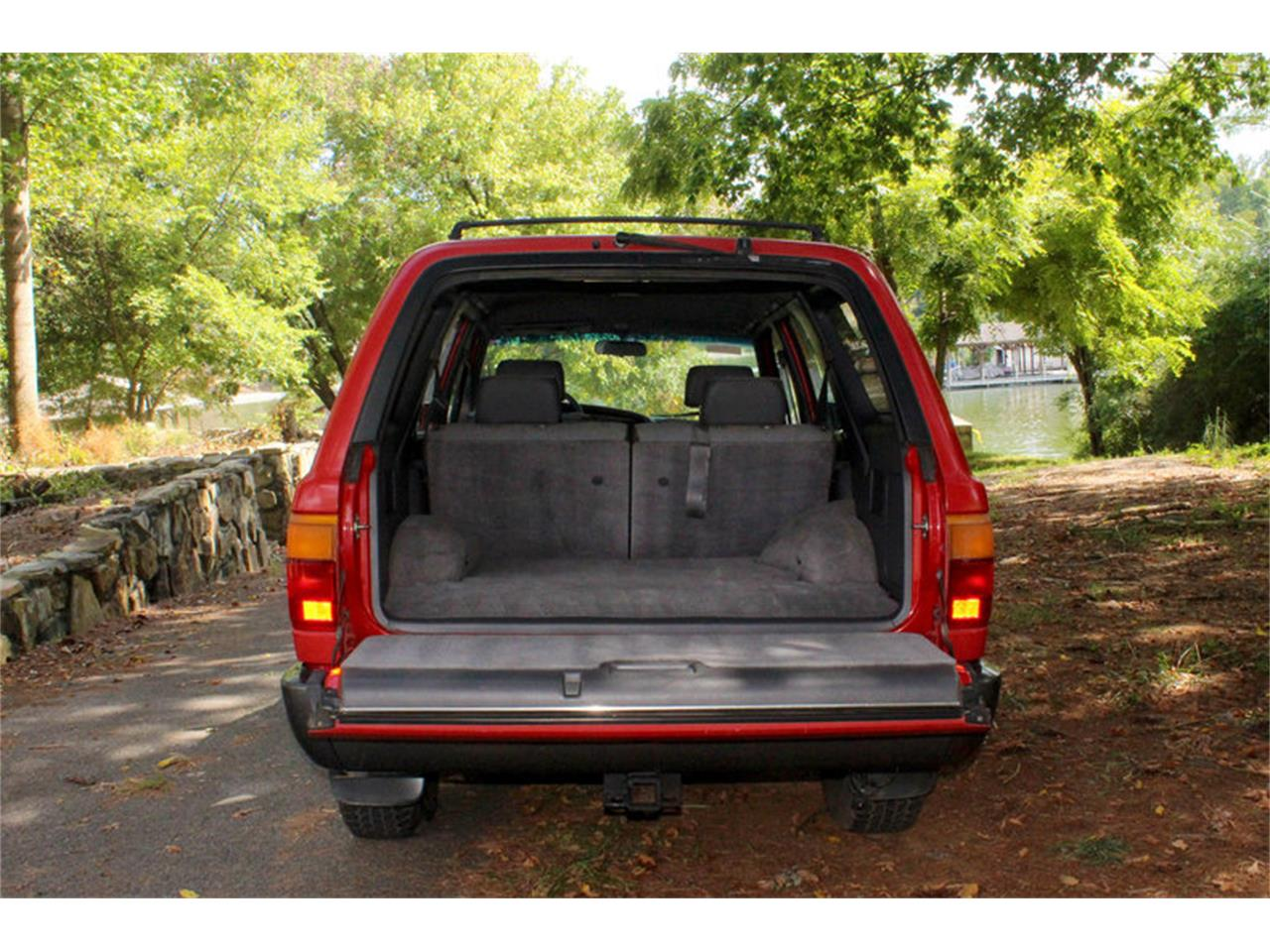 Large Picture of '91 Toyota 4Runner located in Lenoir City Tennessee Offered by Smoky Mountain Traders - OH0O