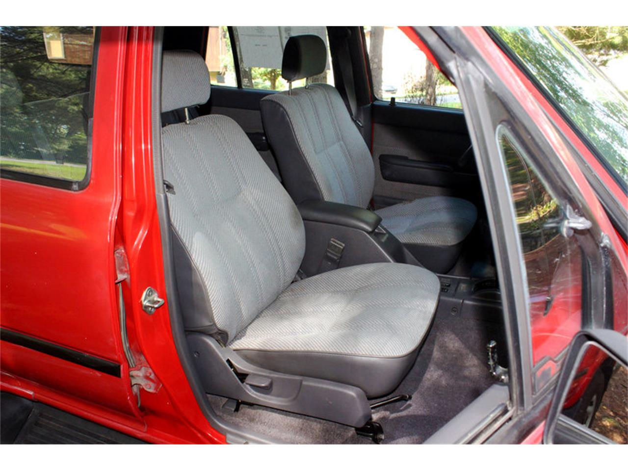 Large Picture of '91 Toyota 4Runner located in Tennessee - $8,400.00 - OH0O