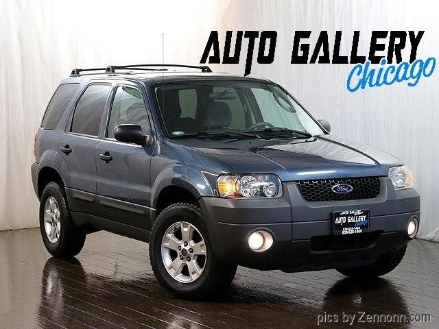 Picture of 2005 Ford Escape located in Illinois Offered by  - OH70