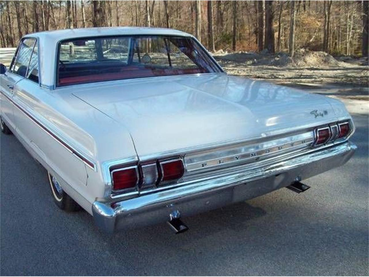 Large Picture of 1965 Fury III located in Cadillac Michigan - OHGN
