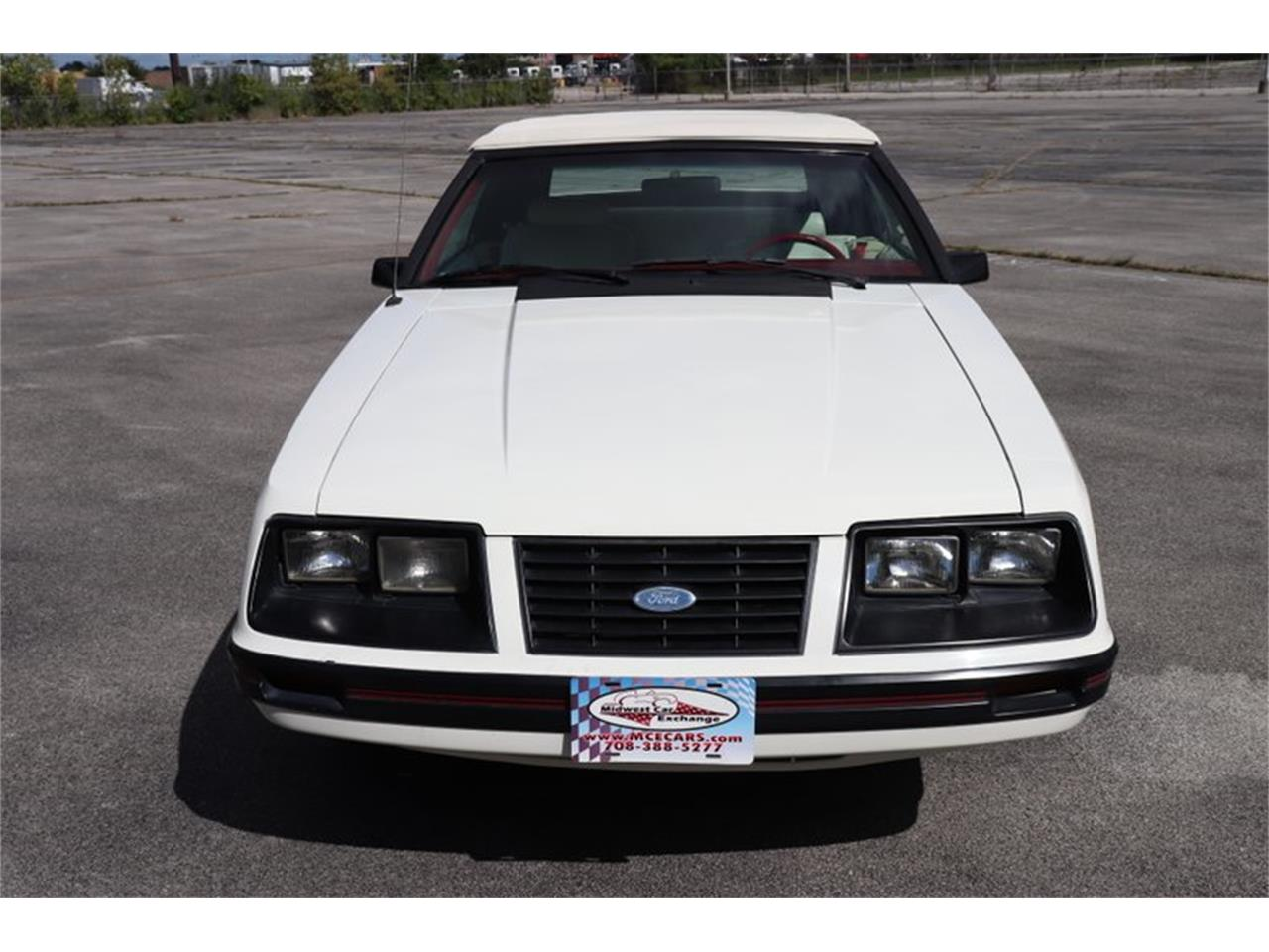 Large Picture of '83 Ford Mustang located in Alsip Illinois Offered by Midwest Car Exchange - OHLI