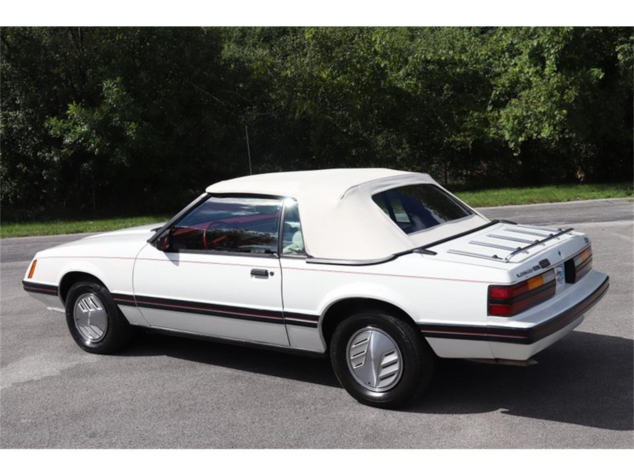 Large Picture of '83 Mustang located in Alsip Illinois - $7,900.00 - OHLI