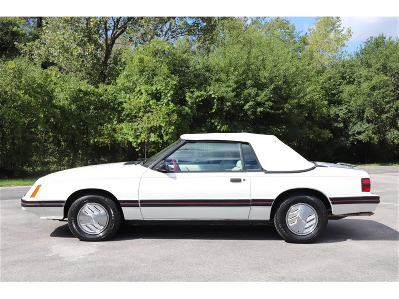 Large Picture of '83 Mustang located in Illinois - $7,900.00 Offered by Midwest Car Exchange - OHLI