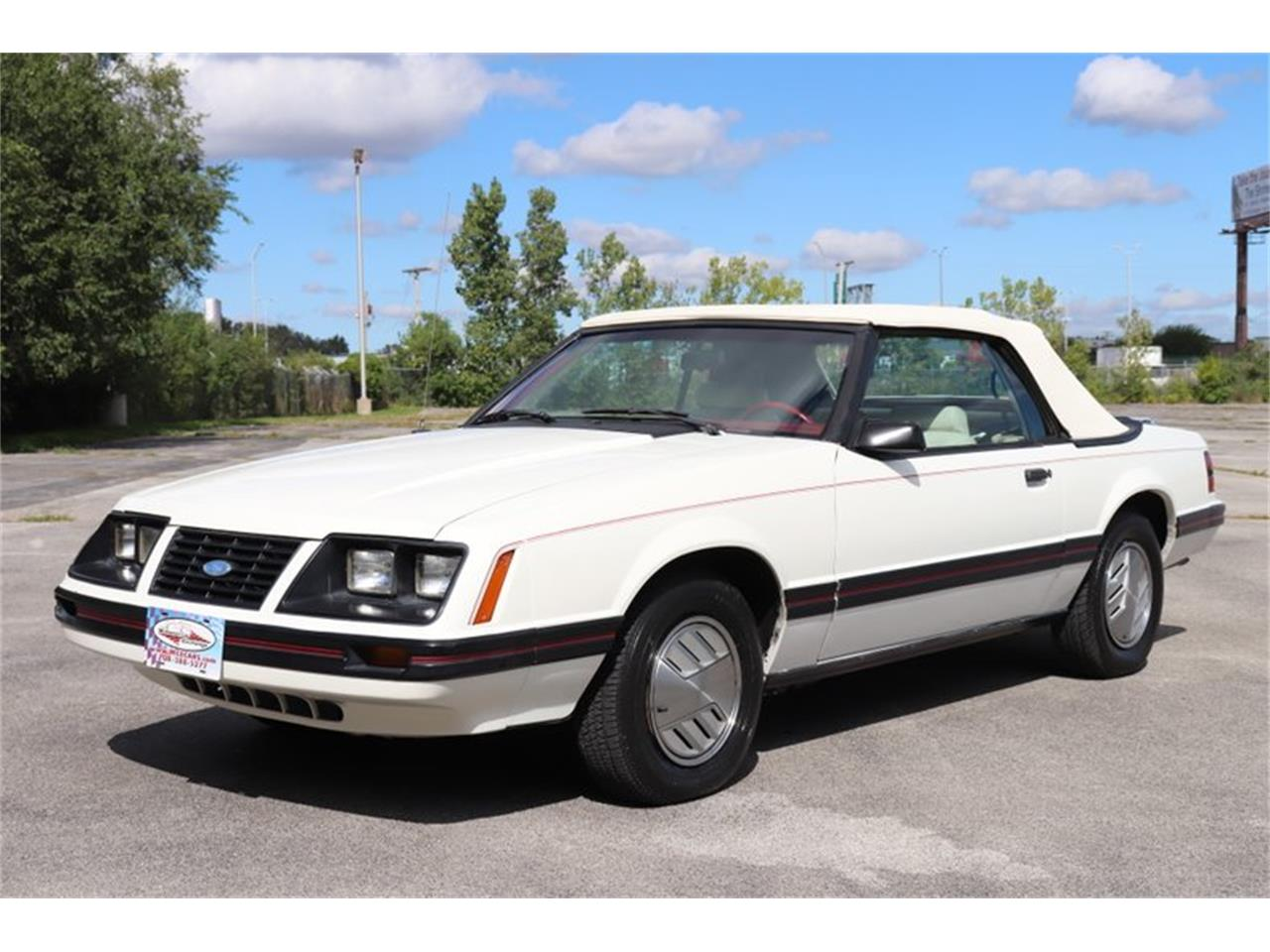 Large Picture of '83 Ford Mustang located in Alsip Illinois - $7,900.00 - OHLI