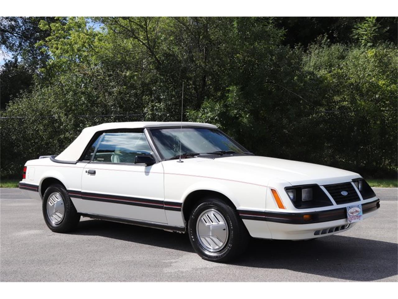 Large Picture of 1983 Ford Mustang located in Illinois Offered by Midwest Car Exchange - OHLI
