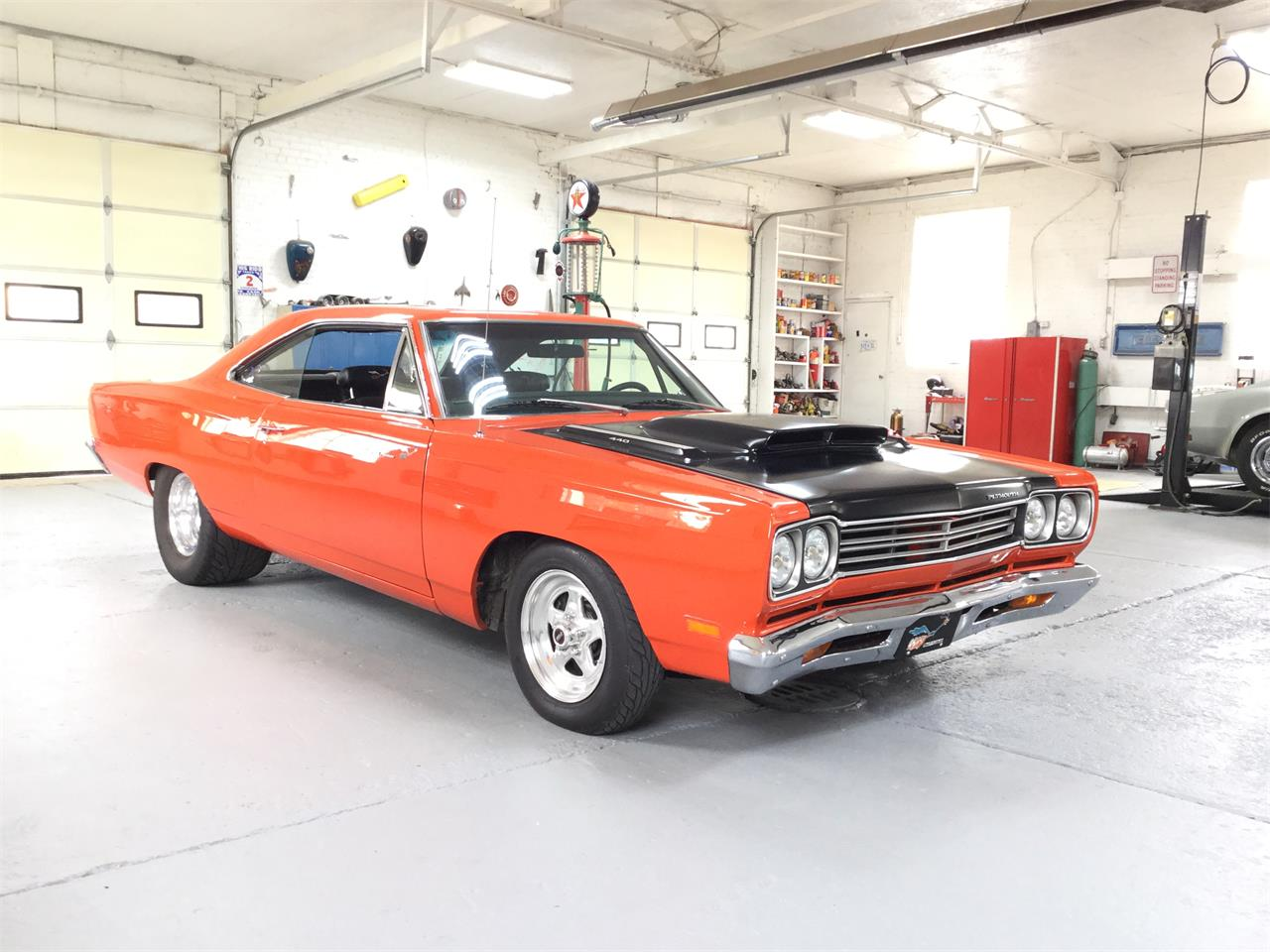 Large Picture of 1969 Road Runner - OHP9