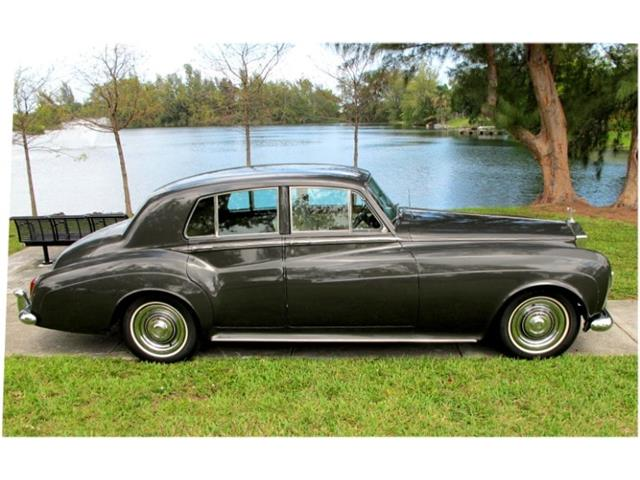 Picture of Classic '63 Rolls-Royce Silver Cloud III located in Florida Auction Vehicle Offered by  - OHQA