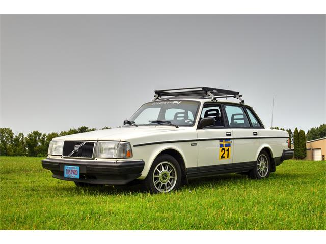 Picture of '91 Volvo 240 - OHQH