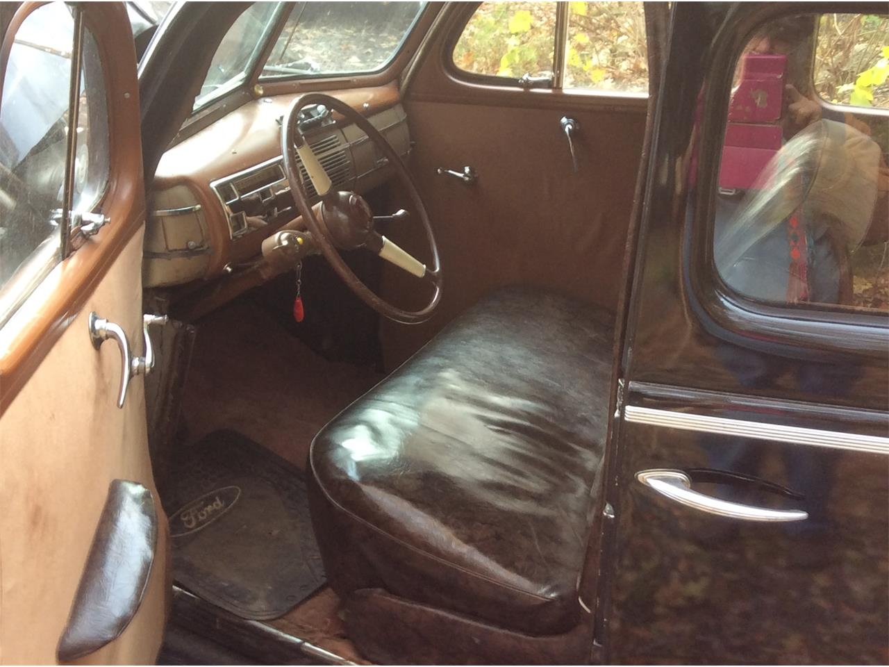 Large Picture of Classic 1940 Sedan Limo located in Vermont - OHQS