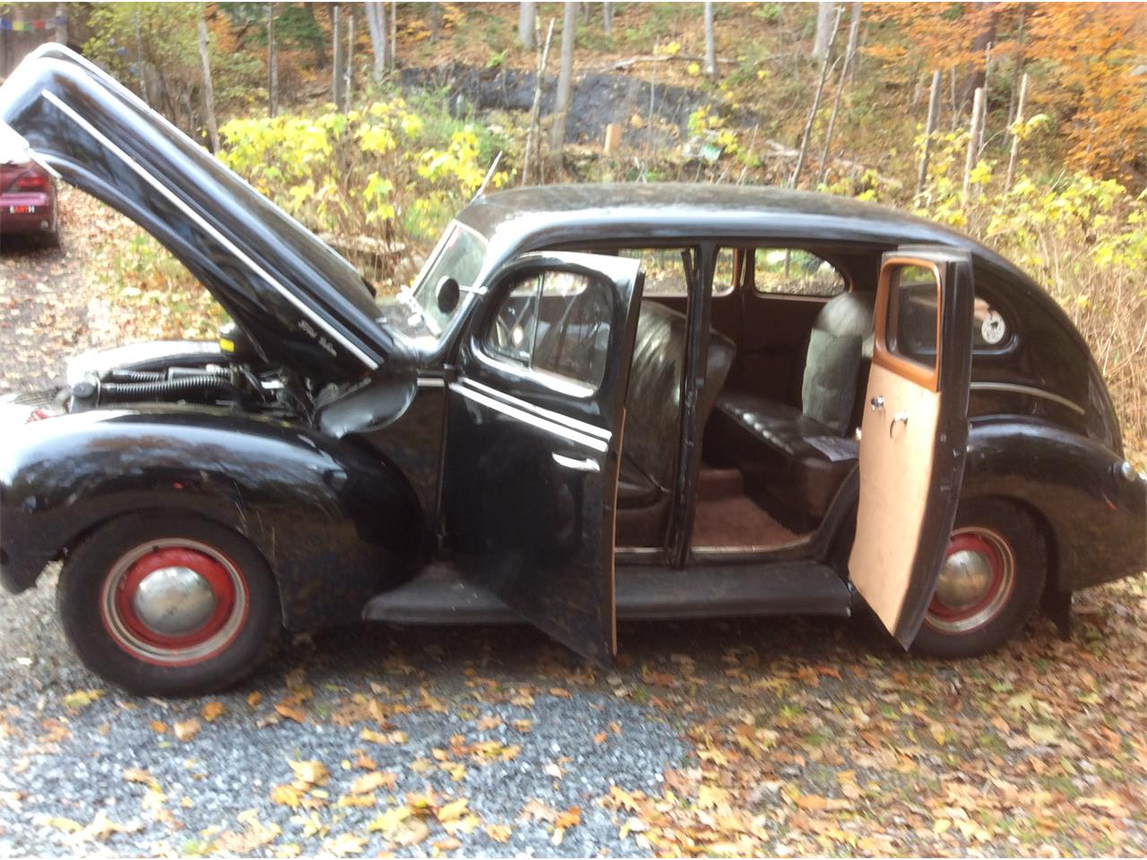 Large Picture of 1940 Sedan Limo located in Springfield Vermont - OHQS