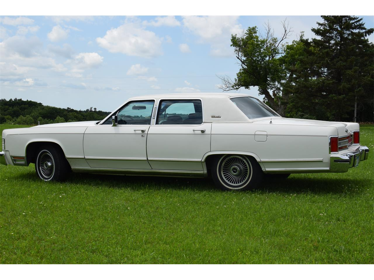 Large Picture of '79 Town Car - OHQY