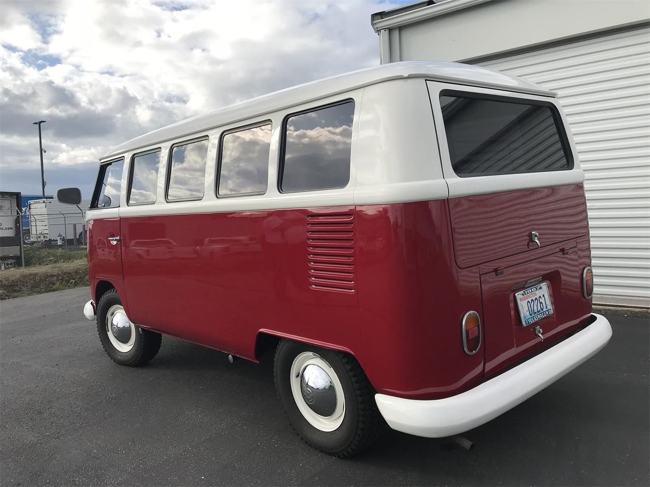 Large Picture of Classic 1967 Bus located in Washington - $35,000.00 - OHRO